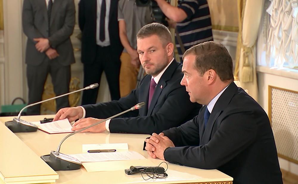 Дмитрий Медведев и премьер Словакии Петер Пеллегрини