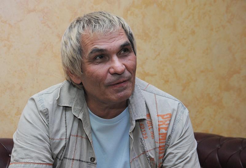 Бари Алибасова