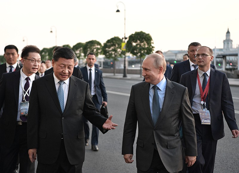 Владимир Путин и председатель Китайской Народной Республики (КНР) Си Цзиньпинь