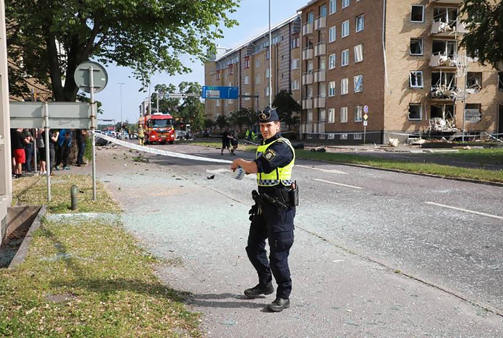 Последствия взрыва в Швеции