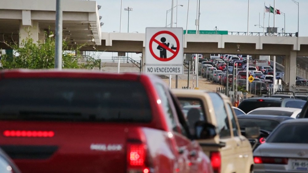Машины на границе США и Мексики