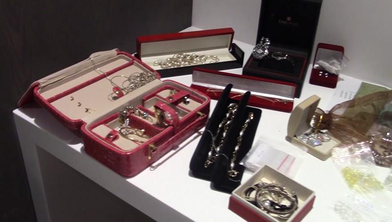 ФСБ России пресекла деятельность преступной группы, занимавшейся контрабандой алмазов