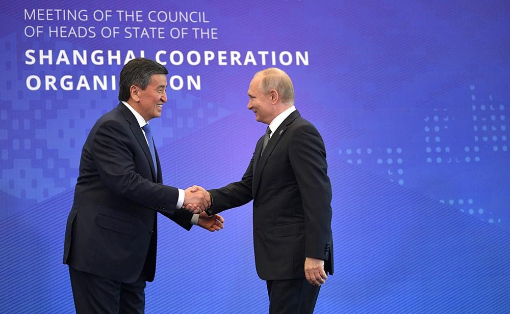 Владимир Путин и Президентом Киргизии Сооронбай Жээнбеков