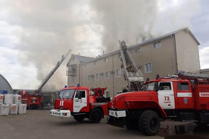 Пожар на рынке в Улан-Удэ