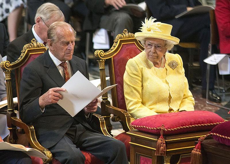 Елизаветта II и принц Филипп