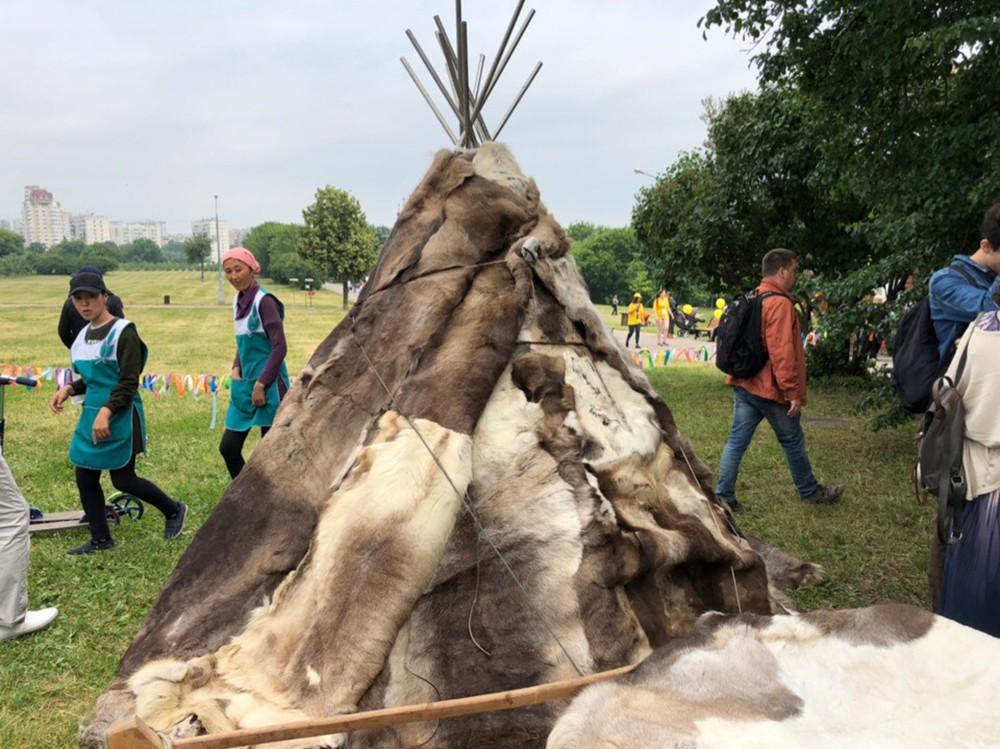 В Коломенском отмечают якутский праздник пробуждения природы