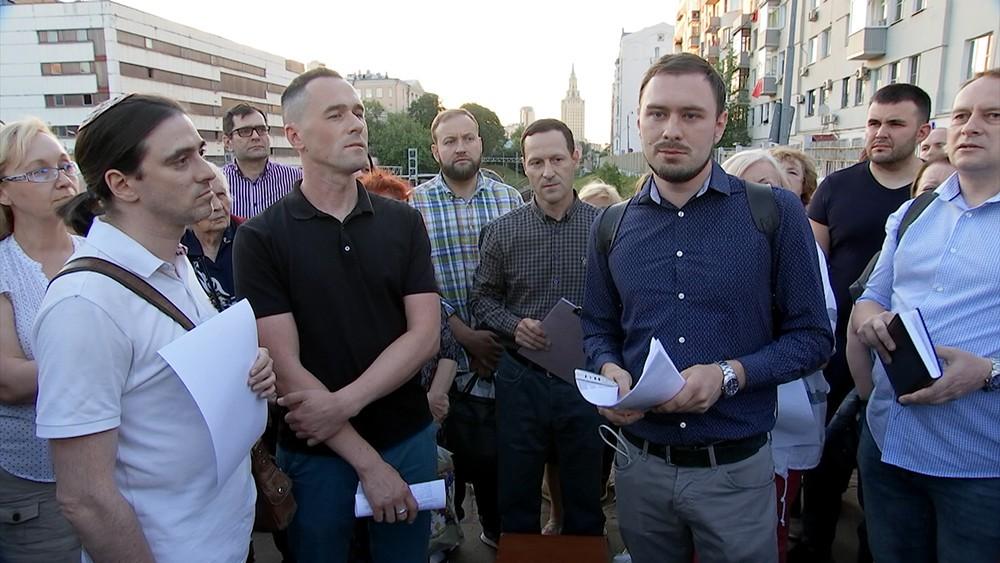 Москвичи и депутаты достигли компромисса на встрече по проекту МЦД
