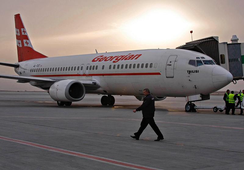 Самолет прямого регулярного рейса грузинской авиакомпании