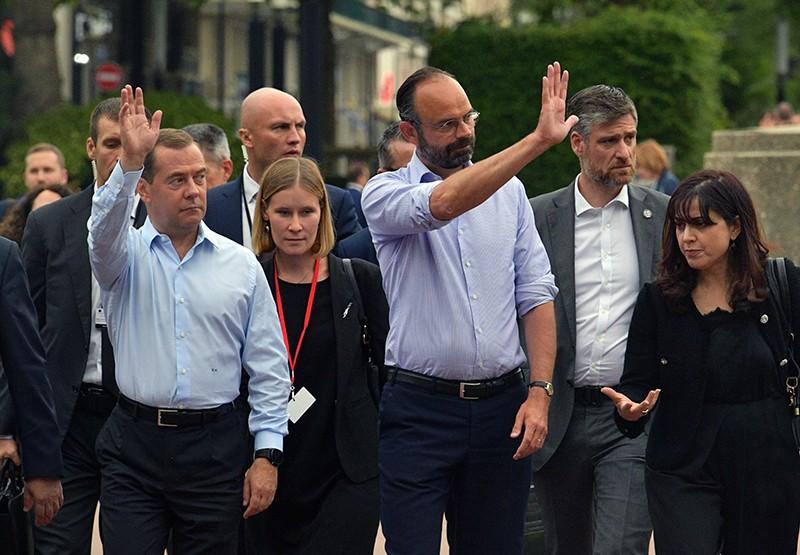 Рабочая поездка Дмитрия Медведева во Францию