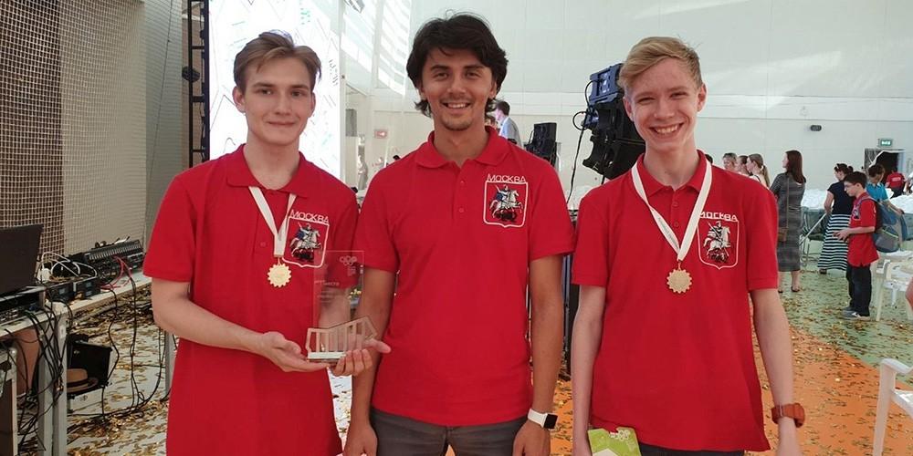 Победители Олимпиады по робототехнике