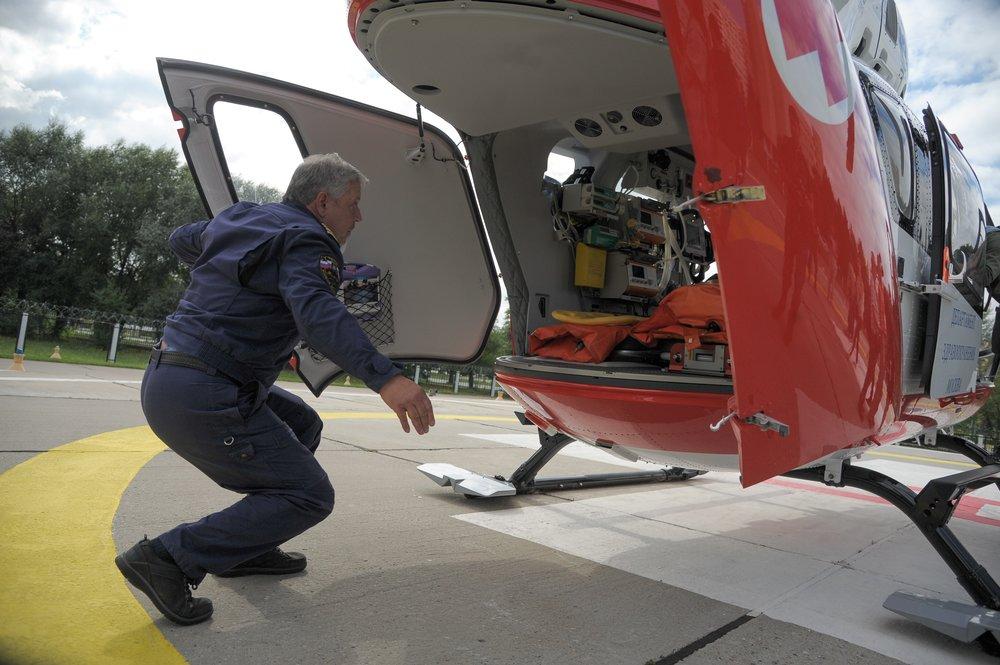 Работа вертолетных бригад санитарной авиации