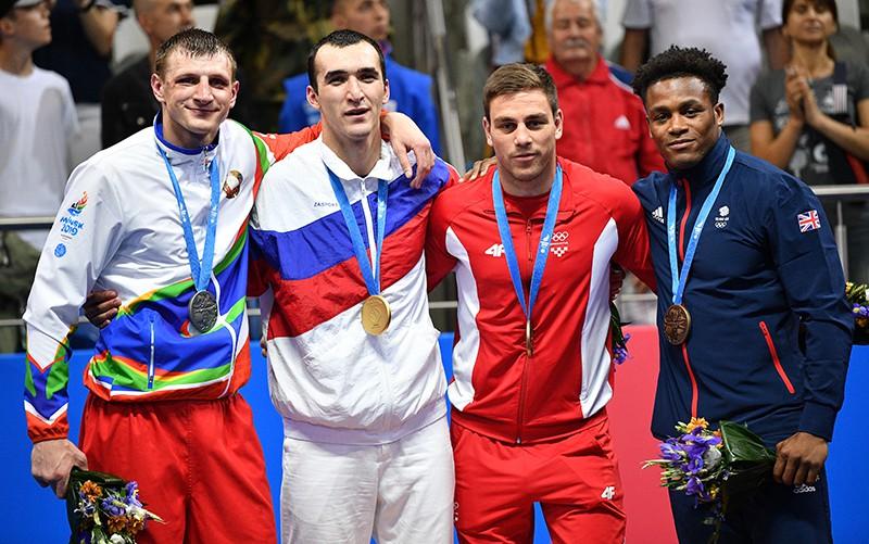 Призеры соревнований по боксу среди мужчин