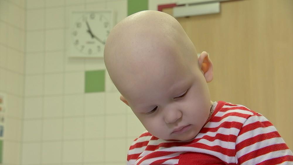 Подари жизнь: маленького Влада спасет лекарство за 900 тысяч рублей
