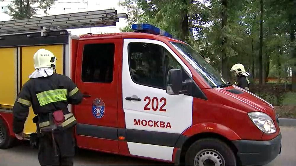 Пожарные Москвы на месте происшествия