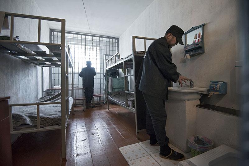 Заключенные в камере