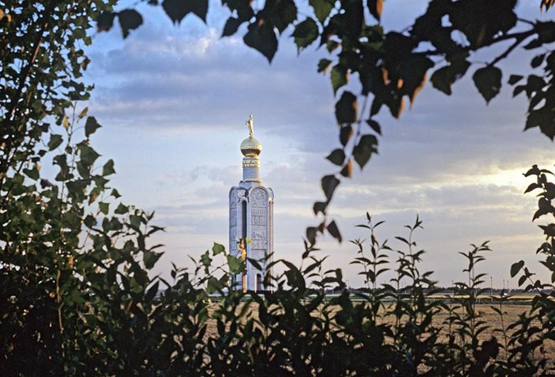 Монумент Победы (звонница) на Прохоровском поле