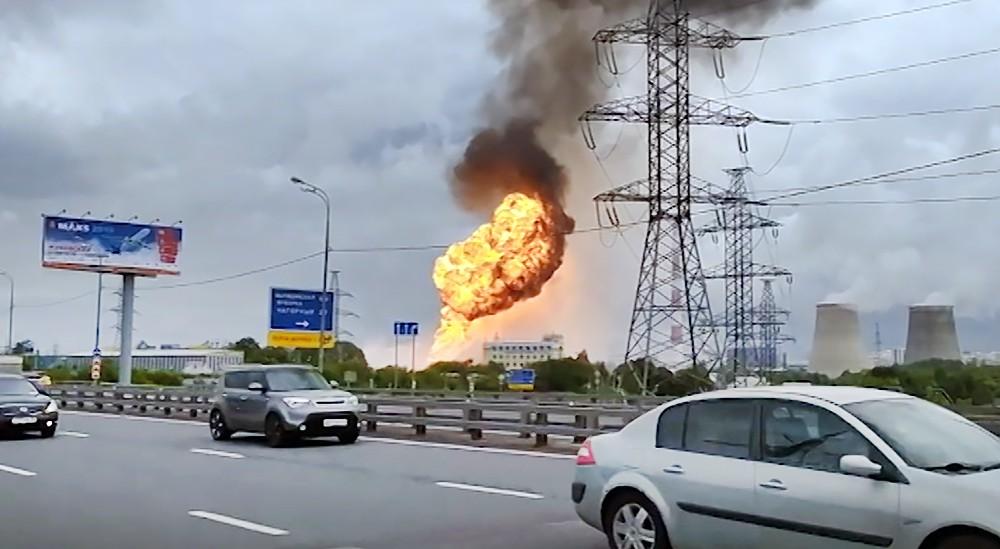 """Пожар в районе """"Северной"""" ТЭЦ в Мытищах"""