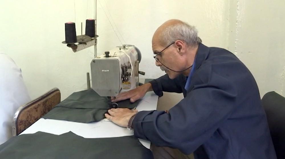 Фабрика по пошиву одежды в Сирии