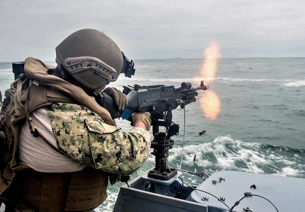 Военнослужащие ВМС США
