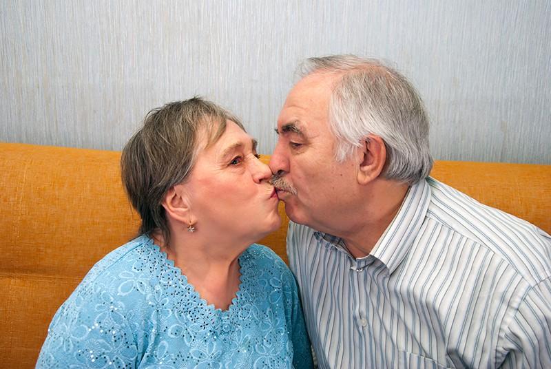 Влюбленные пенсионеры