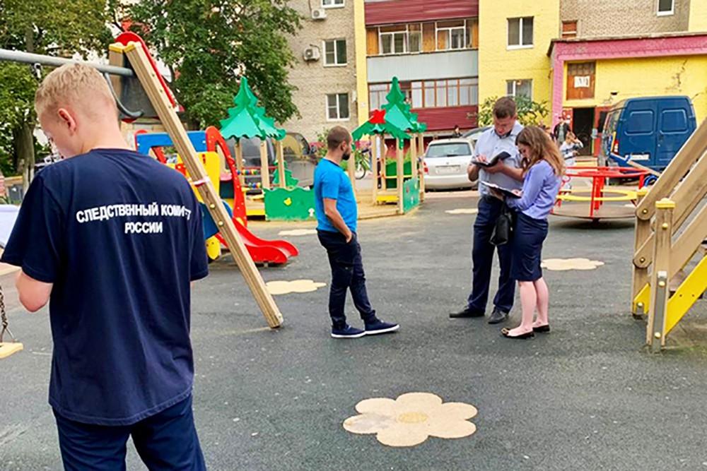 Полиция и следственный комитет на месте убийства девушки в Раменском