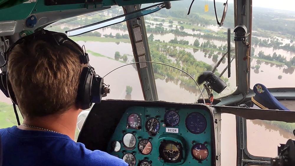 Спасатели МЧС России работают в зоне паводков