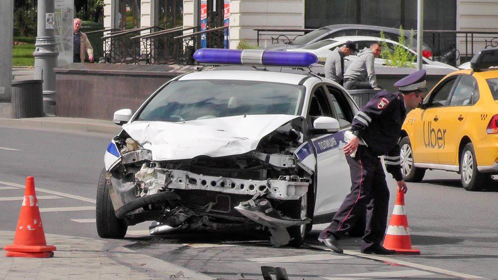 Последствия ДТП с участием автомобиля полиции