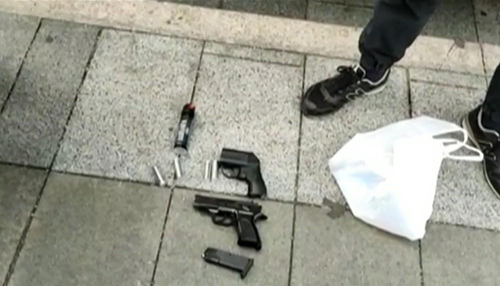 Изъятое оружие у участников несогласованного митинга в Москве