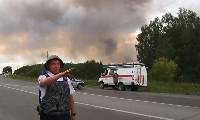 Сотрудник полиции в районе воинской части под Ачинском