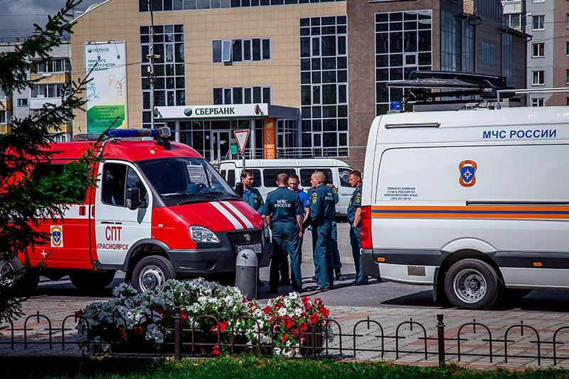 Сотрудники МЧС России в Ачинске