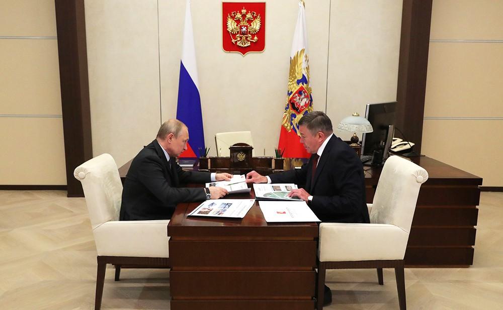 Владимир Путин и Олег Кувшинников