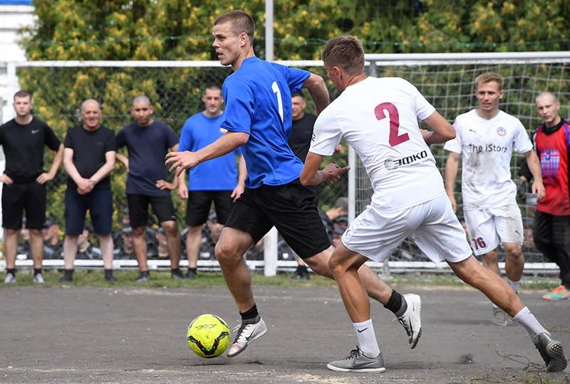 Александр Кокорин во время футбольного матча