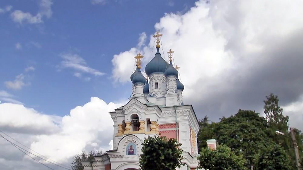 Храм в Гатчине