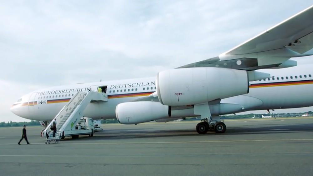 Самолет Airbus-321