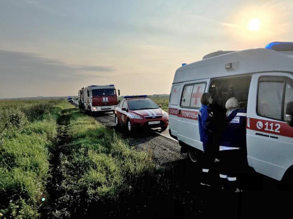 Врачи скорой помощи на месте происшествия