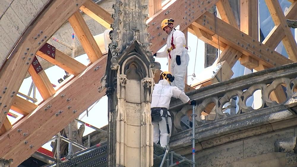 Восстановление собора Парижской Богоматери после пожара