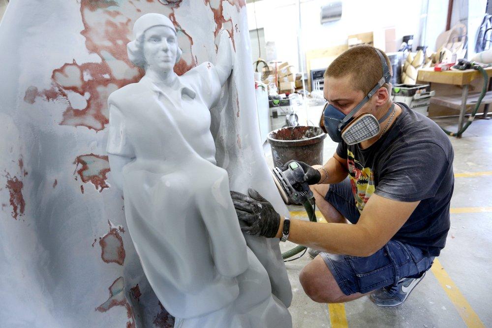 Производство арт-объектов для центральных площадок празднования Дня города в Москве