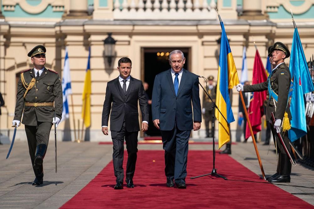 Президент Украины Владимир Зеленский и премьер-министр Израиля Биньямин Нетаньяху