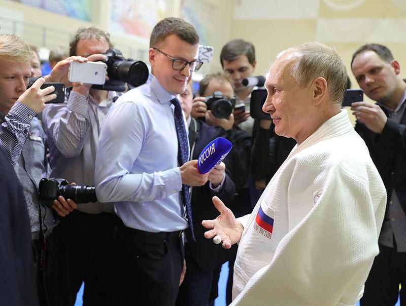 Владимир Путин после тренировки по дзюдо