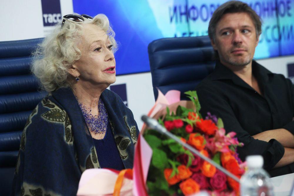 Пресс-конференция к открытию 97-го сезона Московского академического театра им. В.Маяковского