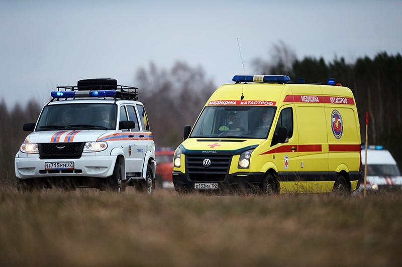 Автомобили экстренных служб на месте происшествия