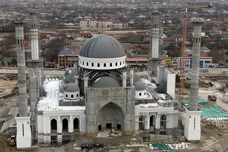 Строящаяся в чеченском городе Шали мечеть имени героя России Рамзана Кадырова