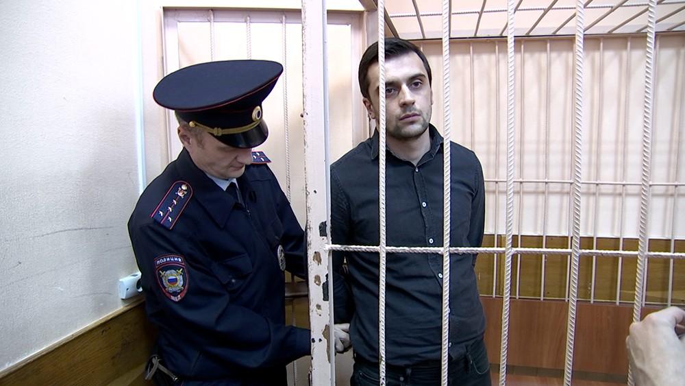 Водитель, сбившему беременную женщину на улице Нижняя Масловка