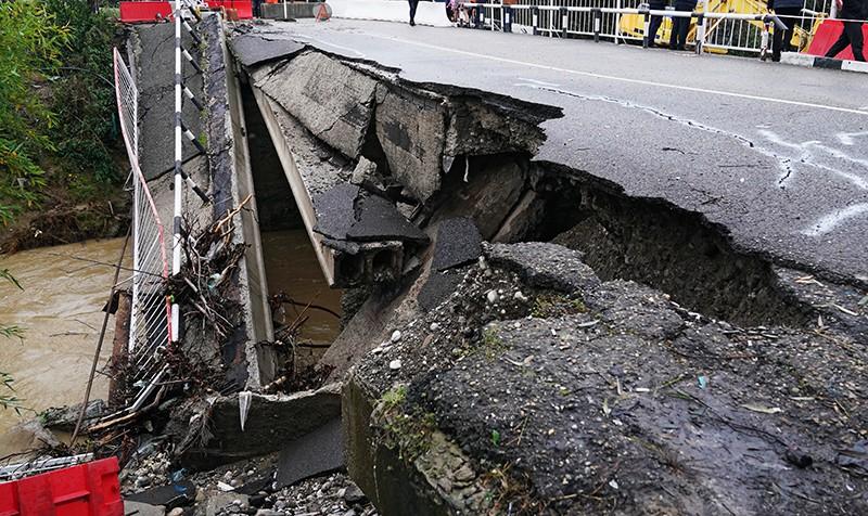 Обрушение моста