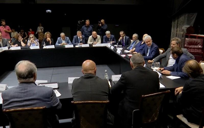 Сергей Собянин на встрече с представителями театральной общественности города