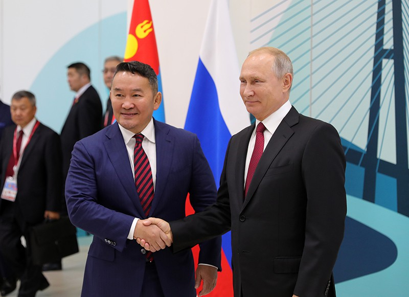 Владимир Путин и президент Монголии Халтмаагийн Баттулга