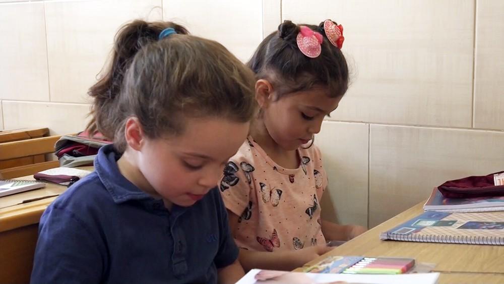 Воспитанницы школы при женском монастыре в Сайеднае