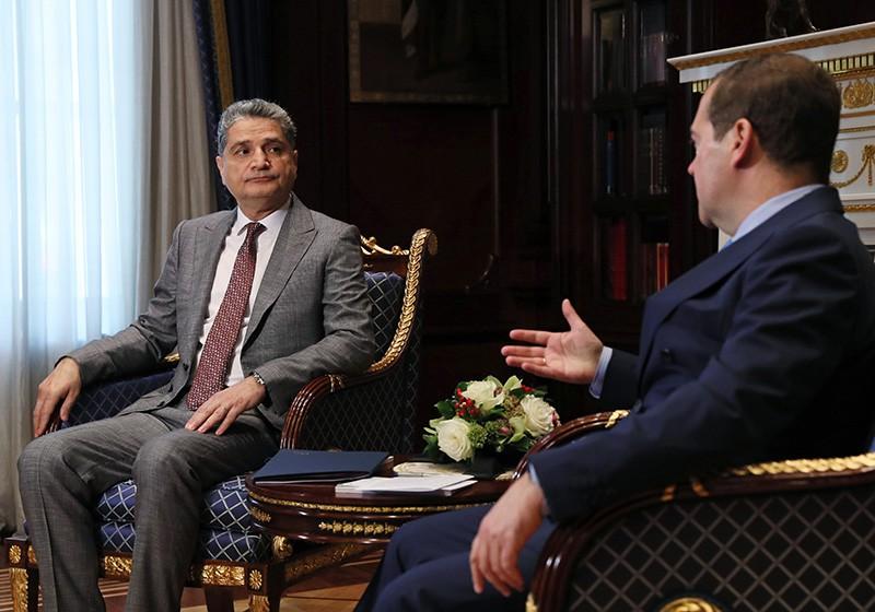 Дмитрий Медведев и председатель коллегии ЕЭК Тигран Саркисян