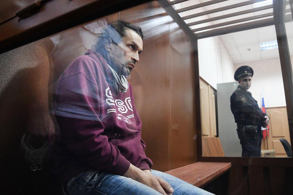 Бахыт Карабалаев, обвиняемый в разбойном нападении на главу ЦИК Эллу Памфилову