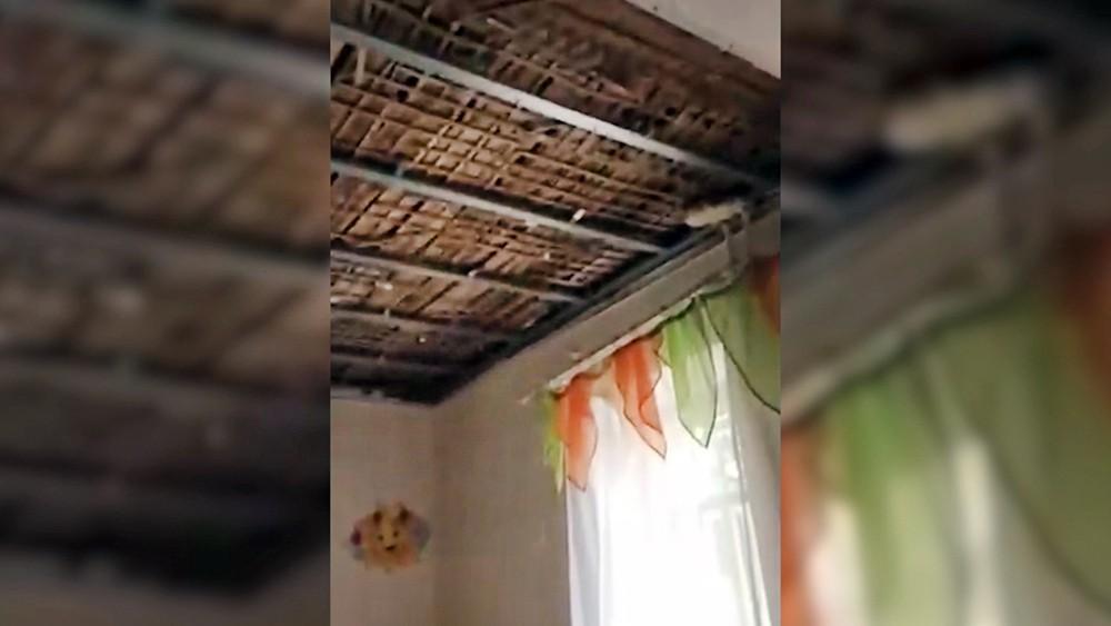 Обрушение потолка в детском саду